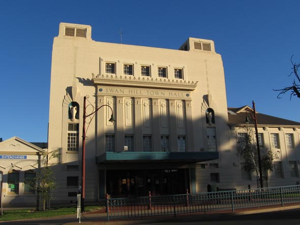 1935 &#8211; Swan Hill Town Hall, Victoria