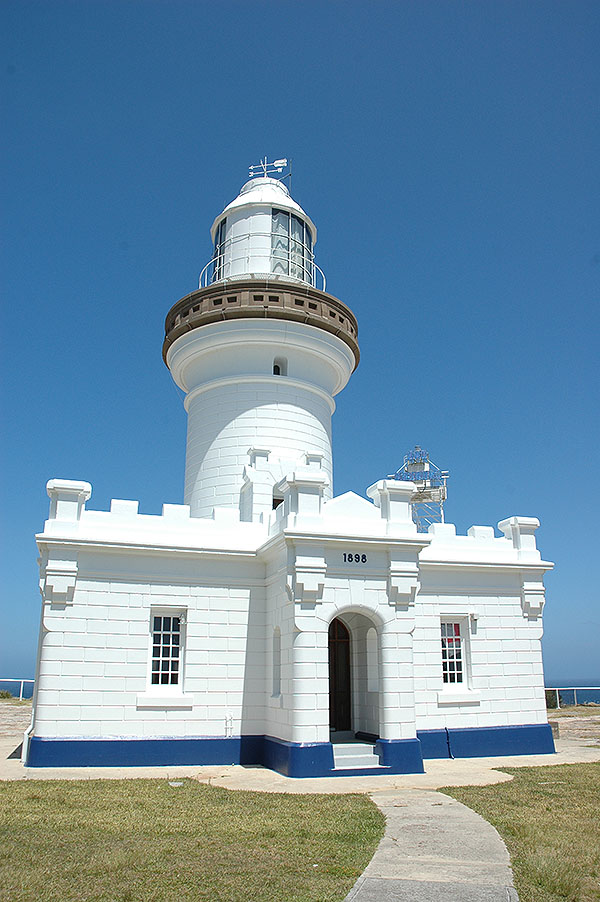 1898 – Point Perpendicular Lighthouse, Jarvis Bay, NSW, Australia