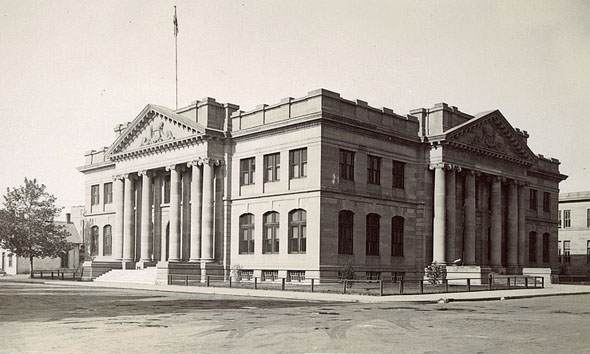 1912 –  Law Courts, Edmonton, Alberta