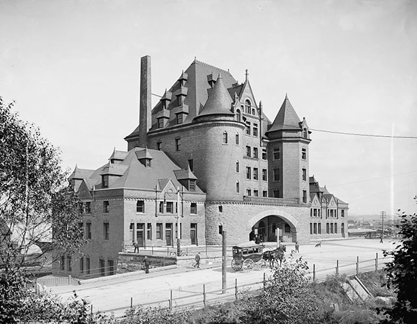 1898 – Canadian Pacific Railway Station, Vancouver, British Columbia