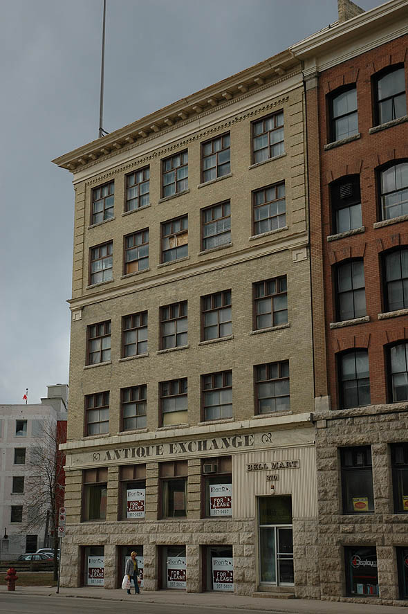 1905 &#8211; Bell Block 370 Donald Street, Winnipeg, Manitoba