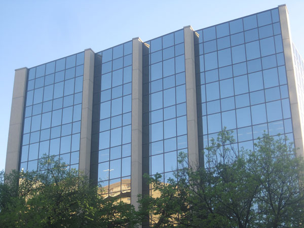 1977 – Manulife House, 386 Broadway, Winnipeg, Manitoba