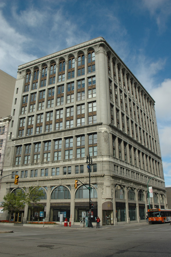 1917 – Paris Building, Winnipeg, Manitoba