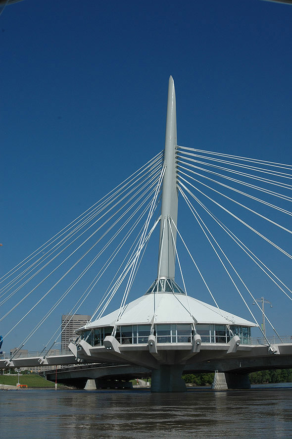 2003 &#8211; Provencher Pedestrian Bridge, Winnipeg, Manitoba