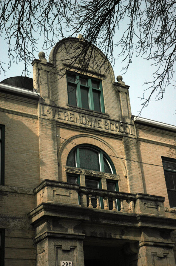 1909 &#8211; Ecole La Verendrye, Winnipeg, Manitoba