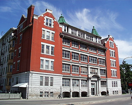 1909 – Roslyn Apartments, Winnipeg, Manitoba