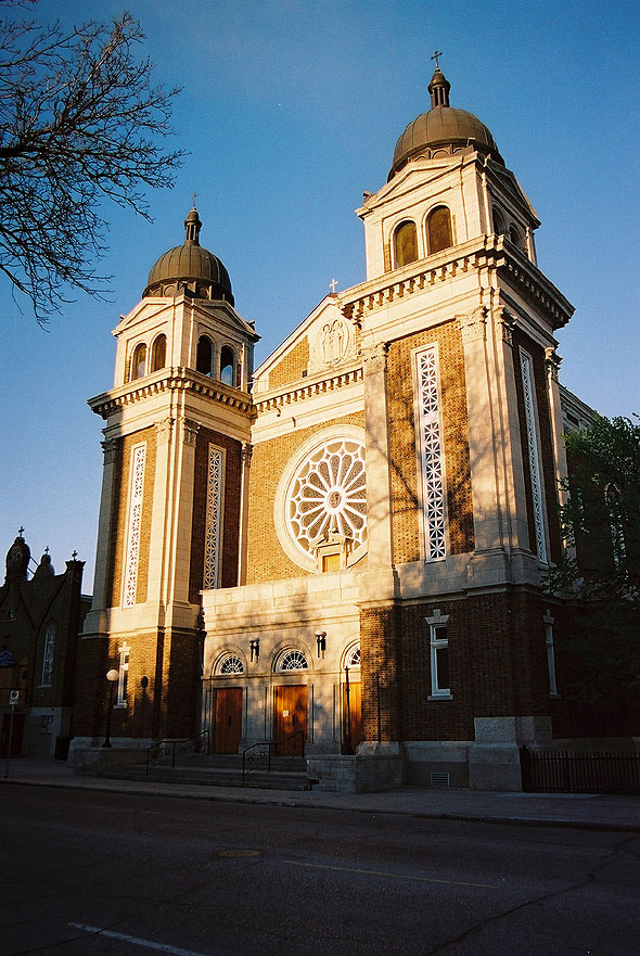 1948 &#8211; Ss. Vladimir &#038; Olga Ukrainian Cathedral, Winnipeg, Manitoba