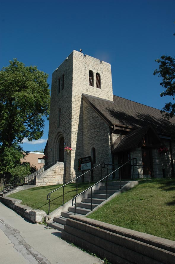 1922 – Holy Cross Church, Dubuc Street, Winnipeg