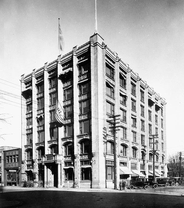 1914 &#8211; Tribune Building, Smith St., Winnipeg