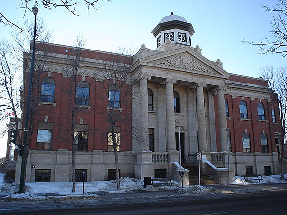 1910 &#8211; Courthouse, Brandon, Manitoba