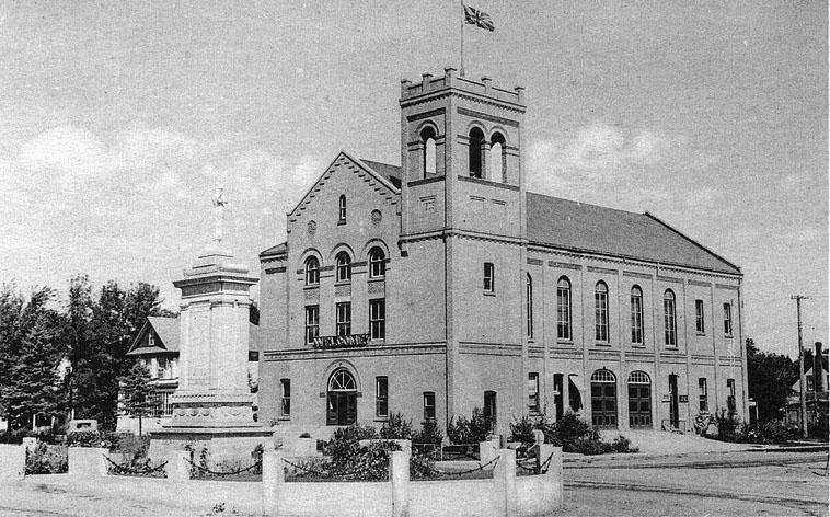 1905 – Town Hall, Dauphin, Manitoba