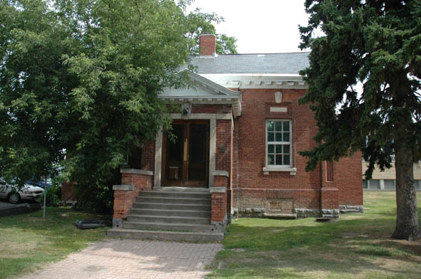 1911 &#8211; Land Registry Building, Kenora, Ontario