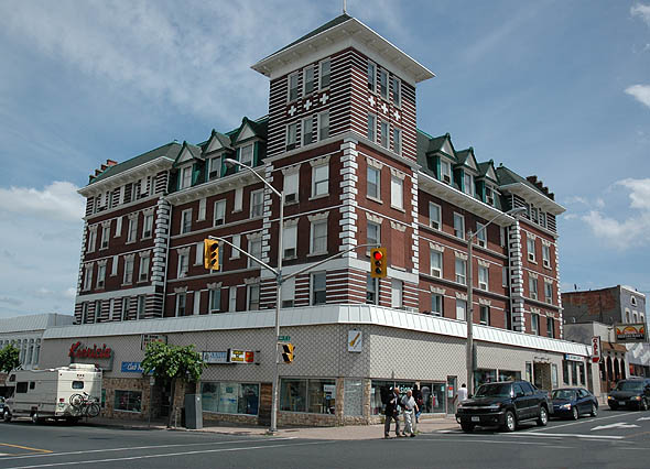 1910 &#8211; Kenricia Hotel, Kenora, Ontario