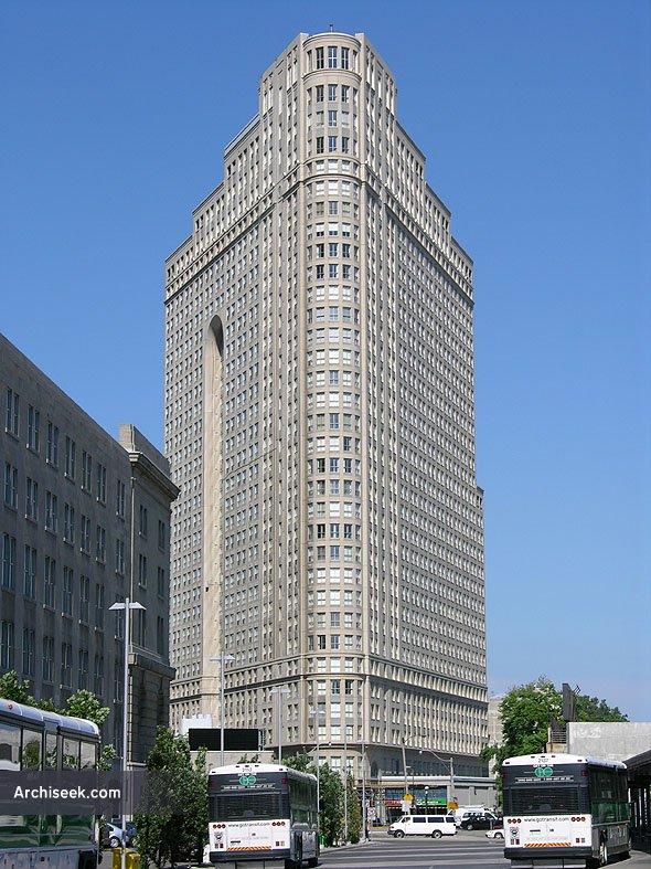 1988 – 35 The Esplanade, Toronto, Ontario