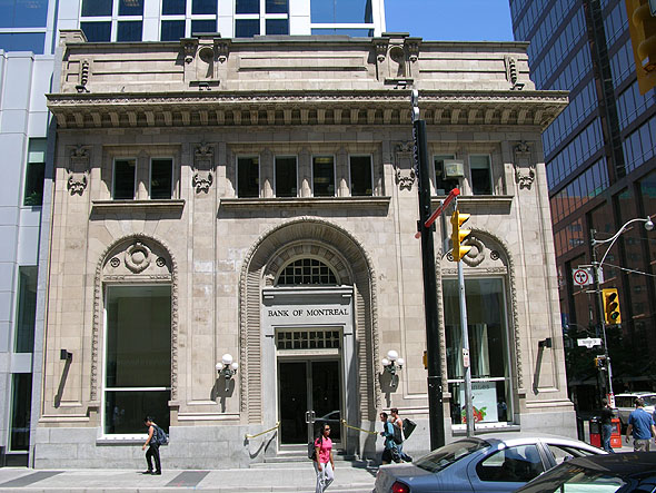 1910 &#8211; Former Bank of Montreal, Yonge St., Toronto, Ontario