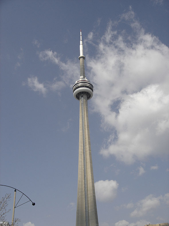 1976 – CN Tower, Toronto, Ontario