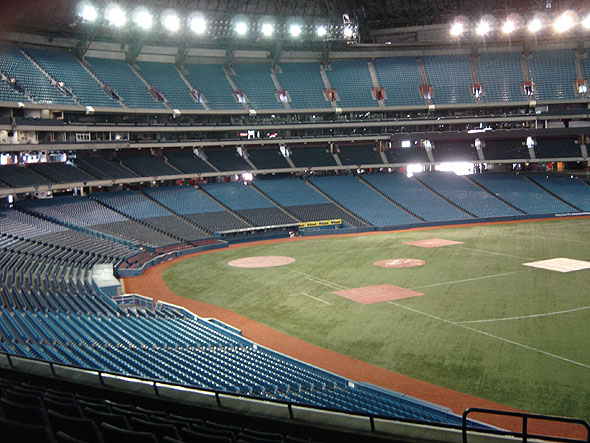 1989 &#8211; Rogers Centre, Toronto, Ontario