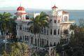palacio_de_valle2_lge.JPG