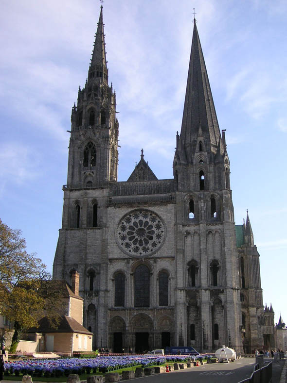 chartres-cathedral7_lge