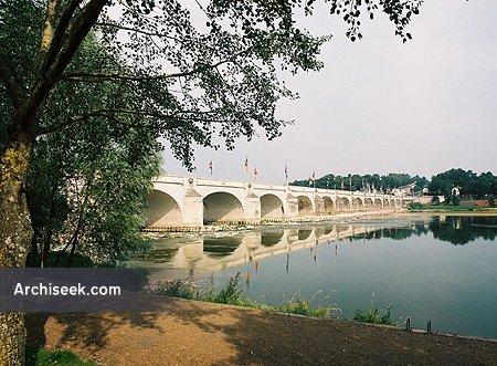 Pont Wilson, Tours, Indre-et-Loire, France