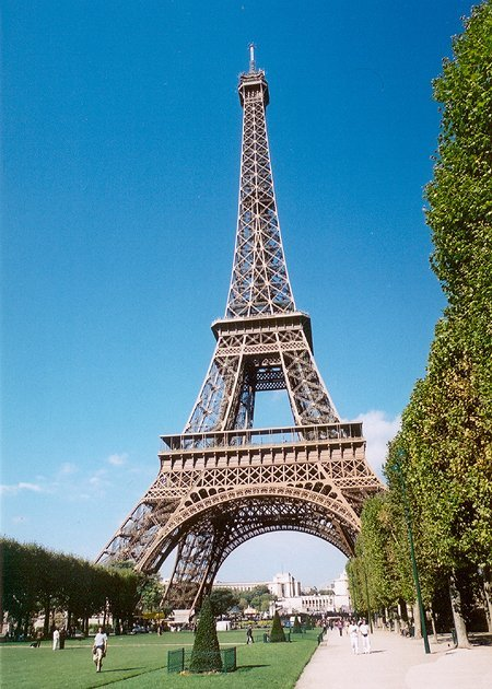 1889 – Eiffel Tower, Paris