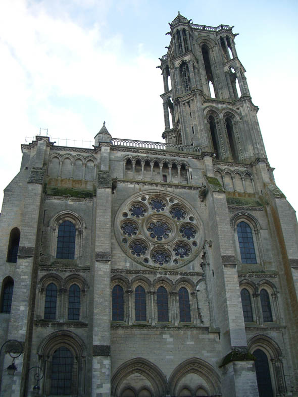 1215 – Notre-Dame of Laon, Aisne, France