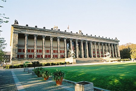 1828 – Altes Museum, Berlin