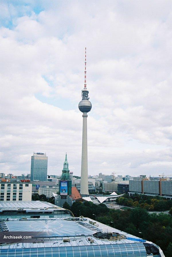 1969 – Fernsehturm, Berlin