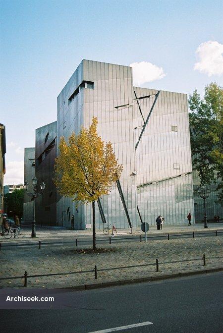 1999 – Jewish Museum, Berlin