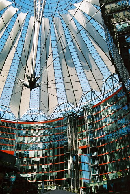 2000 – Sony Centre, Berlin