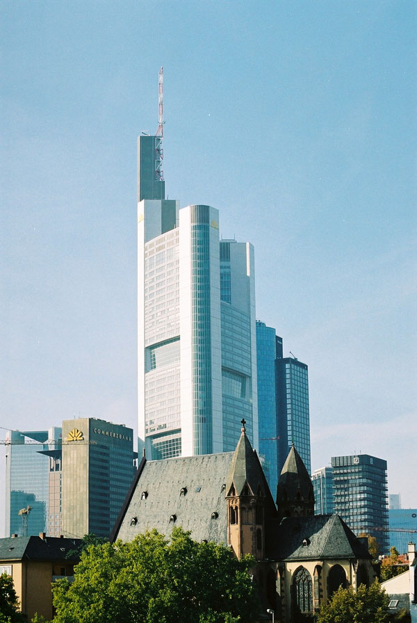 1997 &#8211; Commerzbank Tower, Frankfurt