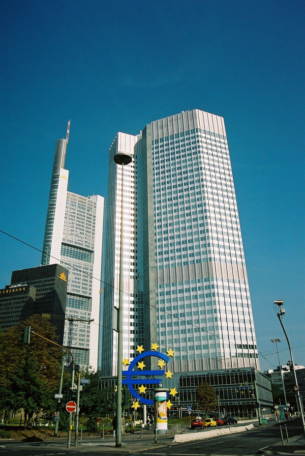 1977 &#8211; Eurotower, Frankfurt