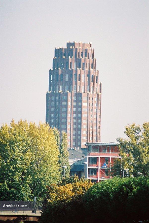 2001 – Main Plaza, Frankfurt