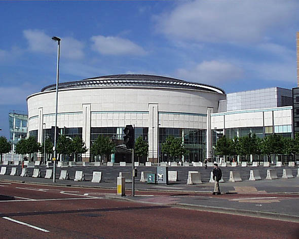 1999 – Waterfront Hall, Belfast