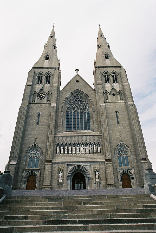 1860 – St. Patrick's Cathedral, Armagh