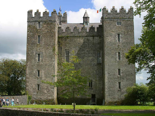 1425 &#8211; Bunratty Castle, Co. Clare