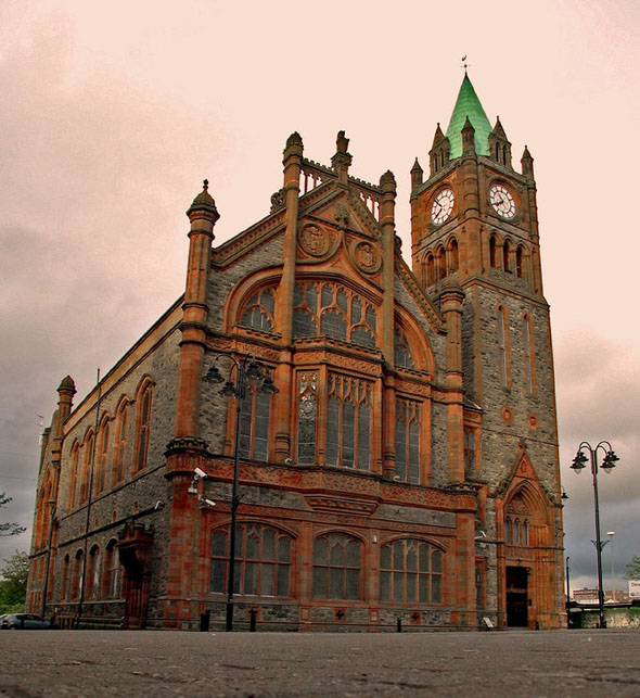 1887 &#8211; Derry Guildhall
