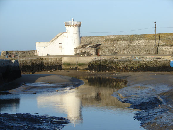 1761 &#8211; Lighthouse &#038; Harbour, Balbriggan, Co. Dublin