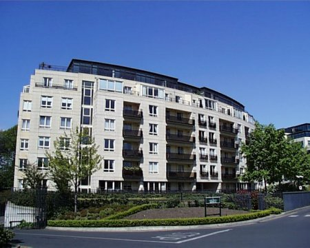 serpentine_apartments_lge