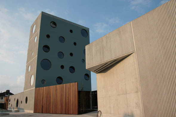 New East Wall Community Centre by O'Donnell & Tuomey