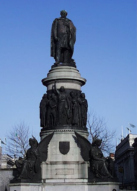 1880 – O'Connell Monument, O'Connell Street, Dublin