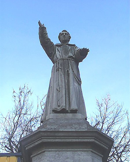 statue_fr_mathew_lge