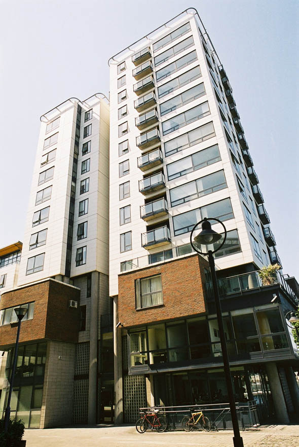 1998 – Charlotte Quay Apartments, Grand Canal Docks, Dublin