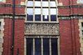 hostel_window_detail_lge