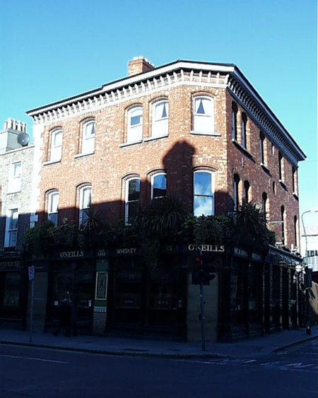 1885 &#8211; O&#8217;Neill&#8217;s, Pearse Street, Dublin