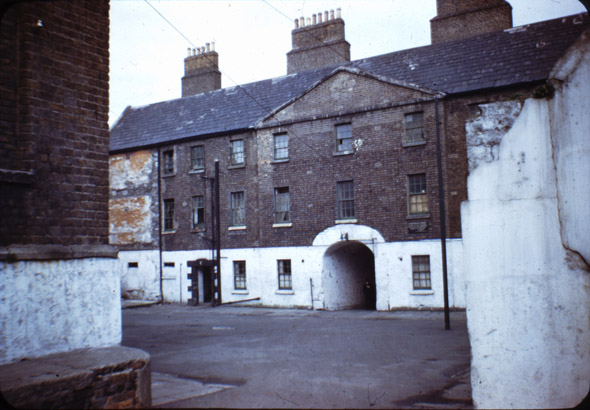 marshalsea-barracks-dublin-2