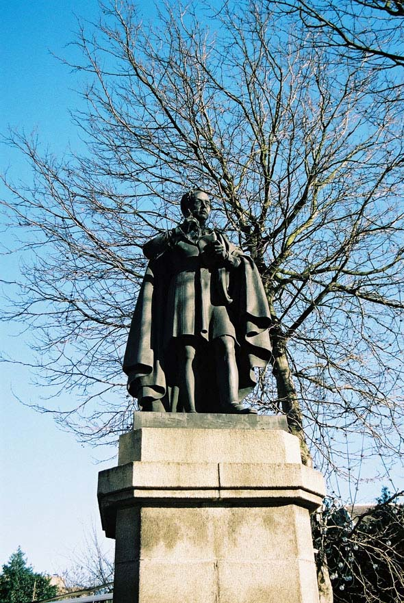 1857 &#8211; Thomas Moore Statue, College St., Dublin