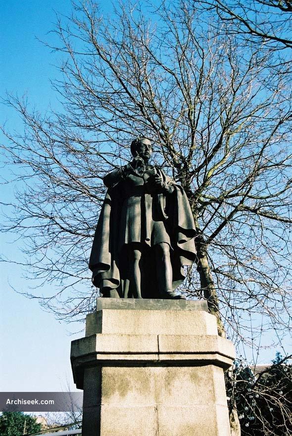 1857 – Thomas Moore Statue, College St., Dublin