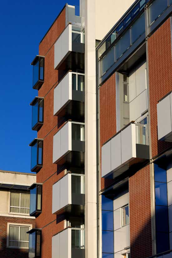 Sean Harrington Architects-York street housing brick balcony windows
