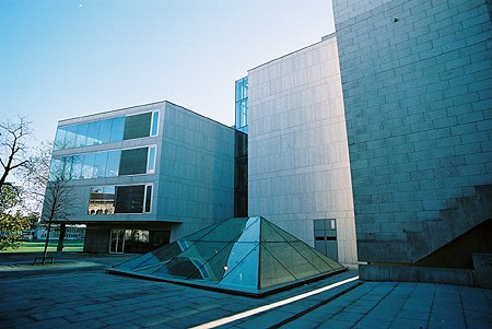 2002 – Ussher Library, Trinity College Dublin